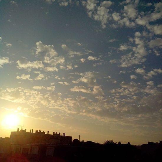 Hello saturday Saint-Maur-des-Fossés Sunset Sun Sunrise