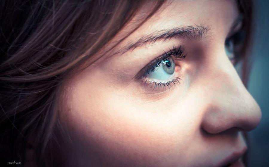 Portrait The Portraitist - 2015 EyeEm Awards Color Portrait Girl Landscape EyeEm Best Shots The Human Condition Selfie Beautiful Eyes