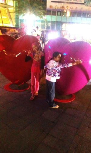 WannaHug 14feb15 Love love love