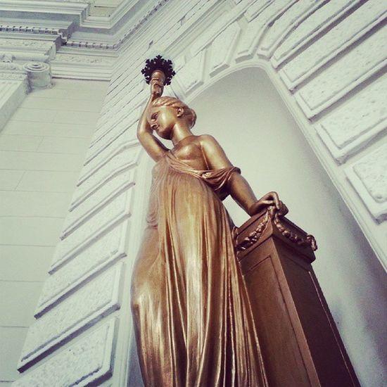 Igersperu Streetphotoperu Instagramperu Estatua esculture lima peru architecture