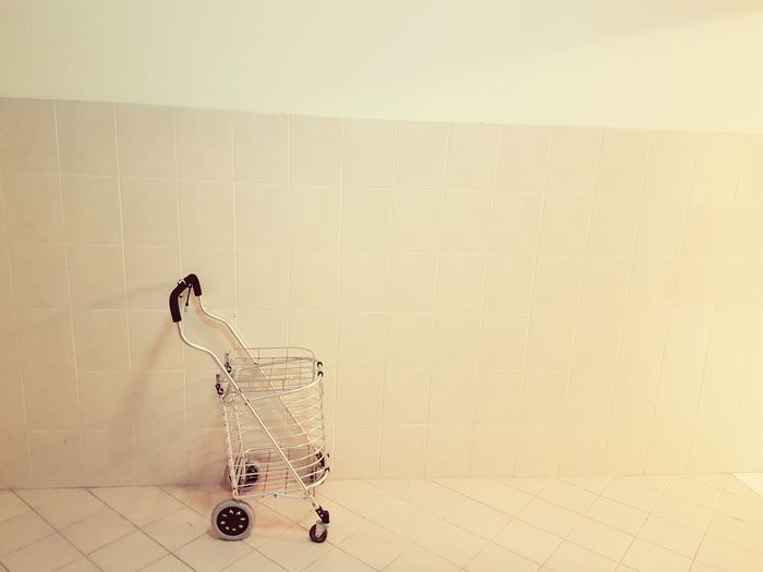 A lonely trolley making its way to the grocery shop.. 😄 Trolley Trolleys Showcase June Shopping Time Shopping Trolley Shopping Cart