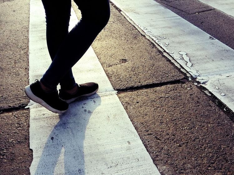 Walk this way. VSCO Lima,Perú Out Of The Box Shadow Low Section Day Sunlight One Person Lifestyles