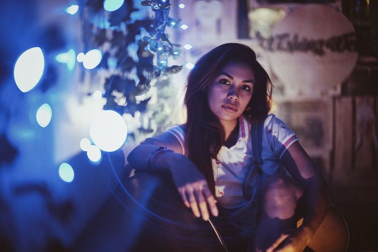 EyeEm Selects EyeEm Best Shots EyeEmBestPics EyeEmNewHere EyeEmPortraits Fairylights Lights Fairy Portrait Night Illuminated Young Adult Portrait One Person Casual Clothing Looking At Camera Beautiful Woman Real People Leisure Activity Lifestyles Sitting Indoors  Beauty
