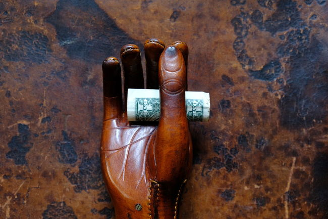 Business Economics Economy Financial District  Leather Working Working Hard Business Finance And Industry Communication Dollar Dollar Notes Finance Finance And Economy Financial Financial Planning Financial Service Hand Leather Handbag Money Money Crisis One Hand Saving Saving Money