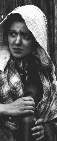 Women People Old-fashioned Victorian History Blackandwhite Black And White Frightened  Black & White The Portraitist - 2016 EyeEm Awards Blackandwhite Photography The Portraitist - 2017 EyeEm Awards