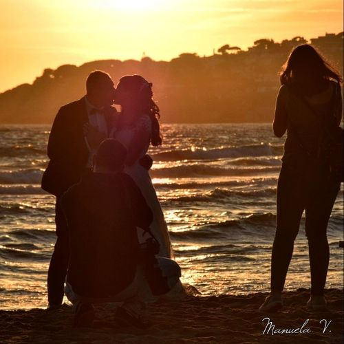 Love Beautiful Photo2018 Photography Peace And Quiet Followme Peace Mare Sunset Flors/ Flowers Flower Head Nikond5300 Mooonlight Moon Photographing Follow Wonderful Family Bonding Togetherness