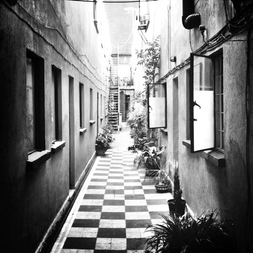 Pasillo Blackandwhite Streetphotography_bw AMPt_community EyeEm Bnw