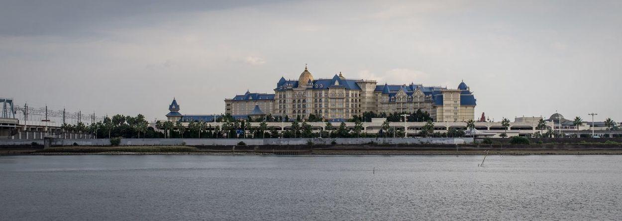 Architecture Building Exterior Disneyland Tokyo Disney Hotel Panorama Cloud - Sky Hotel Japan Maihama