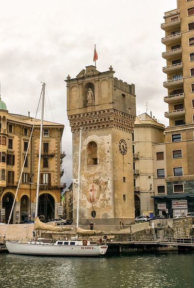 Savona. Harbour. Tower. Defacment😱 Harbour View Harbour Savona Porto Savona  Porto Liguria Liguriansea Liguria,Italy Ligurian Coast. Liguria Di Levante LiguriaMonAmour Harbourside Trash Defacement Tower Towerclock Torre Dell'orologio Abbandoned Abbandonototale Abbandonedhouse