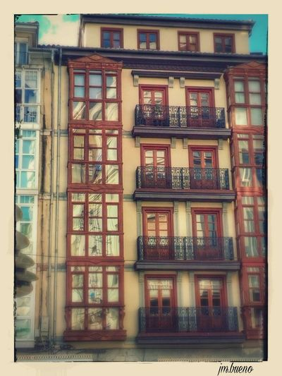 Building Exterior Architecture Built Structure Window Day Fire Escape No People Outdoors Low Angle View Street My Soul Gold Series @txemabuenodaz Eyeem Photography Beauty In Nature The Weekend On EyeEm OpenEdit Illuminated Popular Photos Silhouette Love Nature &music El Arbol De La Vida Tranquil Scene Stationary Light And Shadows New Years Resolutions 2016 City