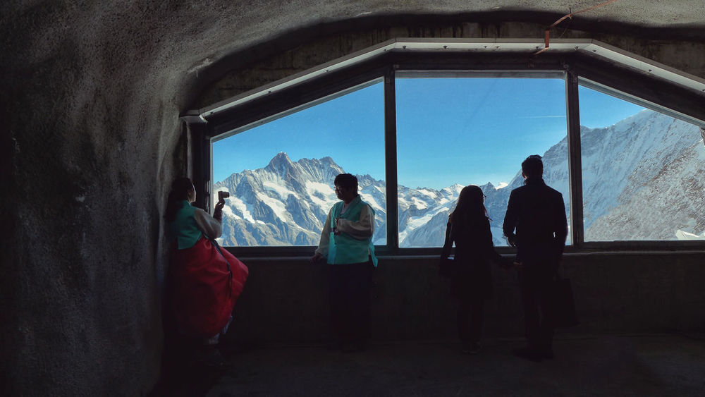 The Tourist Switzerland Taking Photos Winter Feel The Journey Hello World Hanging Out Traveling Eye4photography  EyeEm Best Shots The Great Outdoors - 2016 EyeEm Awards Tourists My Year My View Tourist Mountains Snow Camera Posing For The Camera Bride And Groom Window Portrait Valentine's Day  Valentine Nature The Street Photographer - 2016 EyeEm Awards