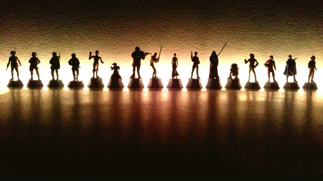 Who are these famous guys? StarWars Collection Epiclight Chessfigures