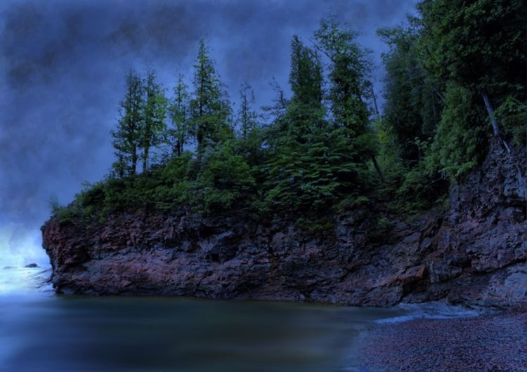Upper Peninsula Of Michigan Michigan Lake Superior Black Rocks Clouds And Sky Cliffs Trees Marquette The Great Outdoors - 2016 EyeEm Awards Beach Cloudy Grey Sky Rocks And Water Landscape EyeEm Landscape The Great Outdoors - 2017 EyeEm Awards
