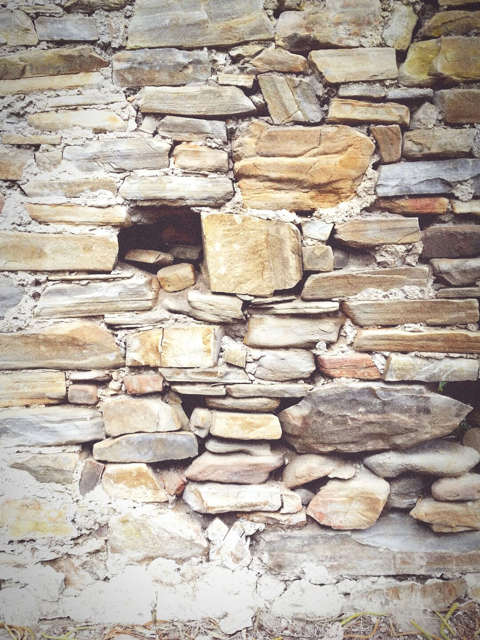 full frame, brick wall, textured, stone wall, backgrounds, wall - building feature, rough, architecture, built structure, pattern, weathered, brick, old, wall, close-up, no people, day, outdoors, stone, damaged