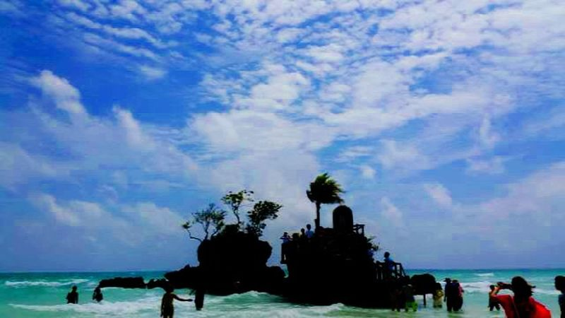 Beach Walk Beach Waves Relaxing Enjoying Life Beautiful Landscapes Beach View Sky And Clouds Boracay White Beach Rock Island Small Island