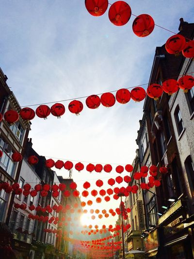 Chinatown London Chinese Spring Festivel Red Lanterns Crowded Lanterns In The Sky Lanterns In The Middle Of The Road