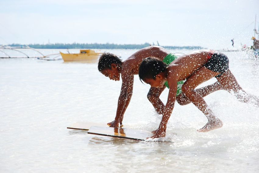 Summer Race Kids Check This Out Beach Playing Games Fun Sun Sand Sandy Beach Surf Shore Water Sport