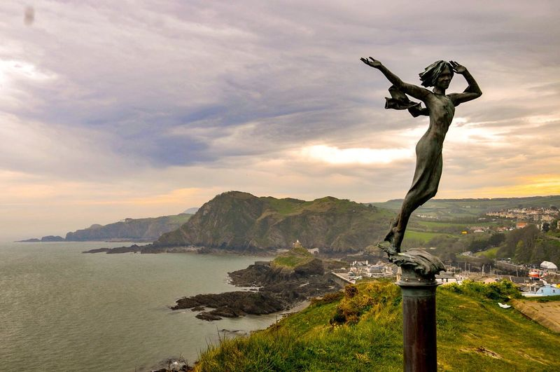 Harbour View Nateral Beauty Nature Cliff Exploring Walking Around Statue Beachphotography