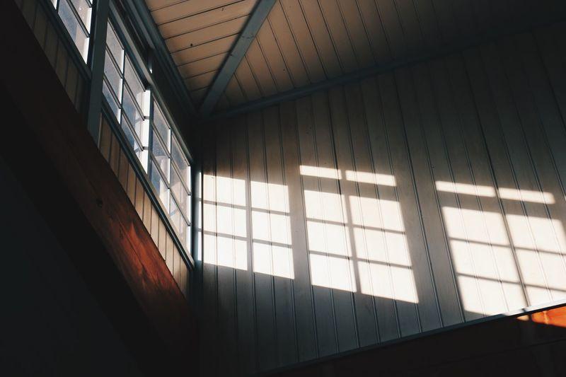 窓から射し込む光 Light And Shadow VSCO Vscocam Taking Photos Light