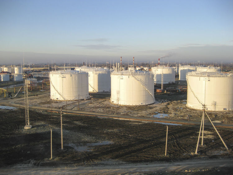 Fuel Clear Sky Day Factory Fuel And Power Generation Industry Nature No People Oil Oil Pump Outdoors Petrochemical Plant Refinery Sky Storage Tank