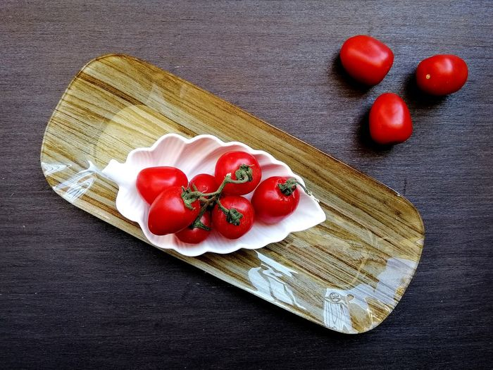 Red Tomato Wood