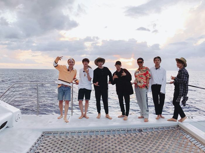 EyeEm Selects BTS Photography Bts V Bts Jungkook Bts Jhope BTS Bangtan Sonyeondan Bts Suga Bts Jimin Btsjin Bts Rapmonster Smeraldo Love_yourself 사랑해요❤❤