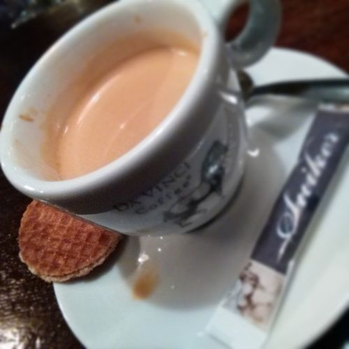 A Lekker piece of Netherlands behind an Italian Coffee . Cafe Instacoffee Cafelife Caffeine Coffeeaddict Coffeegram Coffeeoftheday Coffeelover Coffeelovers Coffeeholic Coffeelove Coffeelife