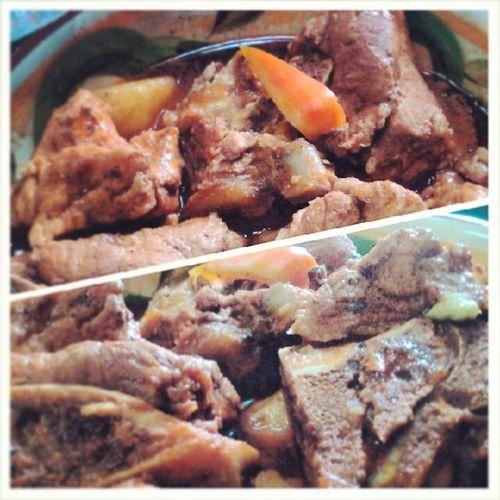 Pork Caldereta ala Mona :) Team building part 1 Team Lunch Caldereta Foodtography foodporn delicious happytummy