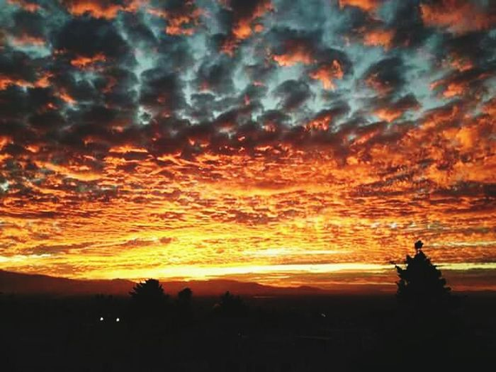 Sky Fire Red Night Photography Photo Beutiful  Nature Colors Inspired Time Time & The City Beefreee:)
