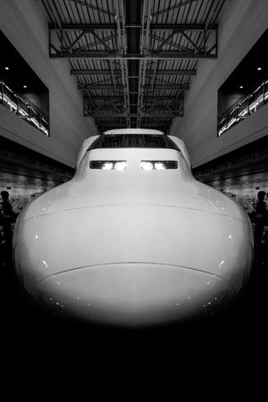 Elégance Japan Shinkansen Silouette & Sky Aggressive B/w Bullet Train Close Uo Close-up Design Engineering Frontal View Indoors  Low Angle View Minimalism No People