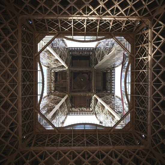 Eifelturm Paris Iron - Metal Backgrounds Background Backscreen Tour Eiffel Eiffel Tower Eifelturm Architecture Landscape Paris France Tour Eiffel, Paris. Vignette City Architecture Built Structure Close-up Architectural Design LINE