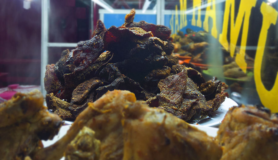Indonesian Food Empal Dendeng Padang Kapau Nasi Padang Restaurant Traditional Traditional Food Food Meal Meat! Meat! Meat! Meatlovers Beef Delucious Tasty Taste Street Food Day No People Animal Themes Outdoors Close-up Nature UnderSea