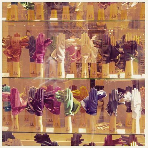 💛💙💜💚❤ Gloves Colorfull Showcase Venezia Italy Lovely