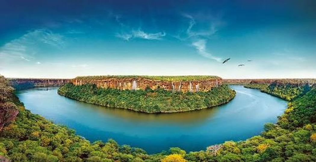Chambal River Reflections In The Water Beauty In Nature Social Issues Landscape Nature Outdoors Travel Destinations Rajasthandiaries Rajasthani Culture Rajasthantourism EyeEmNewHere Miles Away Freshness Beauty In Nature Water Sony α♡Love The City Light Lieblingsteil Carnival Crowds And Details