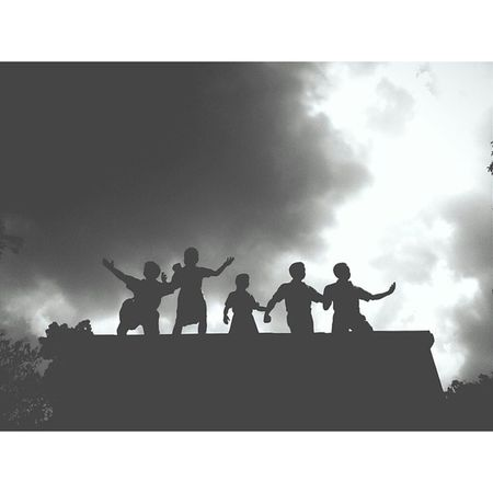 Monumen G30spki Sejarah Madiun bw blackandwhite latepost