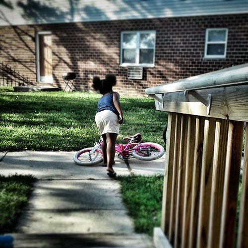 My little sister riding out ❤?