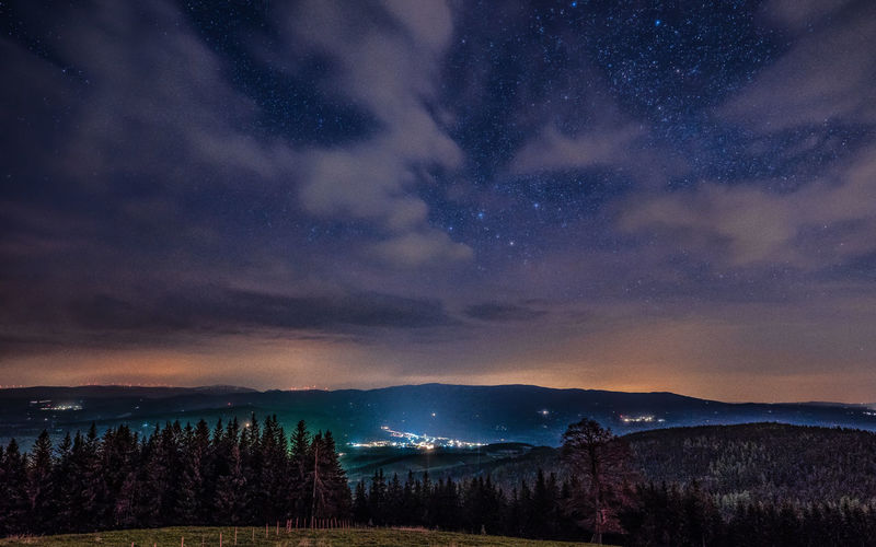 https://youtu.be/JAHA4Jh5jkw Sky Scenics - Nature Night Cloud - Sky Beauty In Nature Star - Space Tranquil Scene Mountain Space Tranquility Tree Nature Astronomy No People Plant Idyllic Non-urban Scene Galaxy Mountain Range Landscape Outdoors Snowcapped Mountain Stay Out My Best Photo