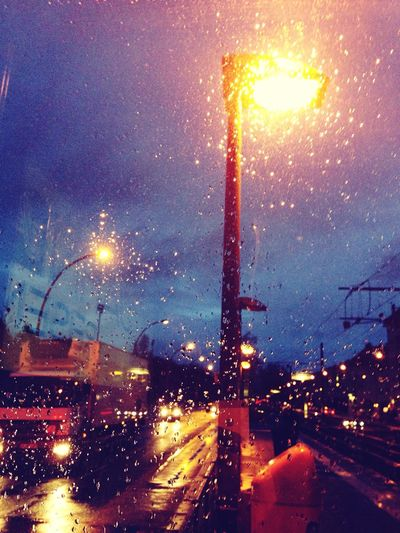 Street Photography Laterne Night Lights Rainy Day How's The Weather Today? The Street Photographer - 2015 EyeEm Awards