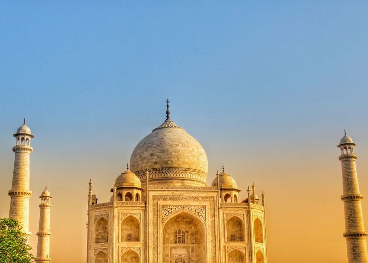 Taj Mahal Muslim Architecture Indian India Shah Jahan Mogul Mogul Empire Tomb Agra Agra India Love♥ Love Symbol Sky Architecture Built Structure Building Exterior Travel Destinations Dome Tourism Clear Sky Travel Low Angle View The Past History Copy Space Outdoors Arch No People Spire  City Religion