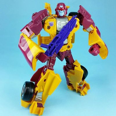 I'm not sure why I avoided this guy for so long. He's a pretty fun figure and adds some much needed color to Menasor . Transformers Combiner Wars Dragstrip