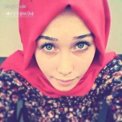 Gözlerim sana bi şeyler anlatır gibi gibi :)