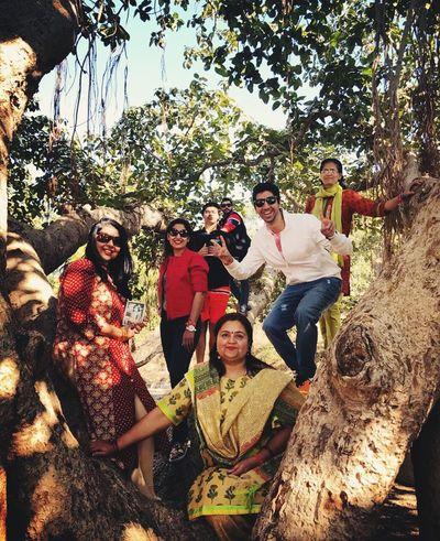 When the family gathers for holidays Holidays Togetherness Fun Togetherness Tree Medium Group Of People Day Happiness Enjoyment Bonding Smiling People Outdoors Real People EyeEmNewHere