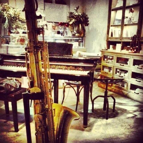 H Where Do You Swarm? Jazzpoint Jazz Cafe coffee