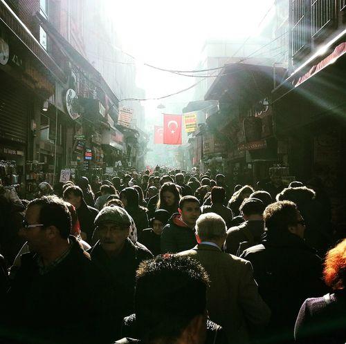 People Insanlar Eminönü Türkbayrağı Turkishflag Tersışık Golge Istanbul Turkey PhotoByMuratGul