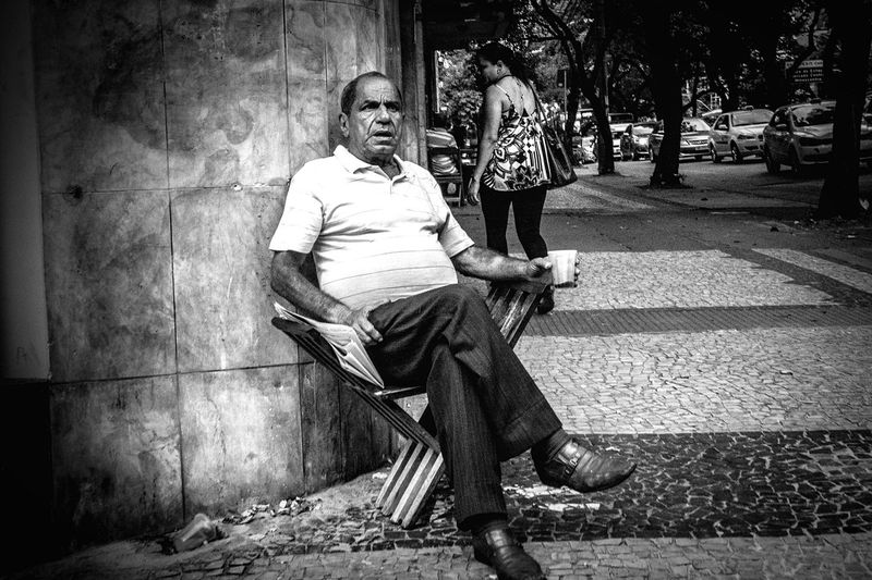 HiFiPhotographia HIFiClaudioVRocha Blackandwhitephotography Streetphotography Blancoynegro Noiretblanc Pretoebranco Blackandwhite B&W Portrait