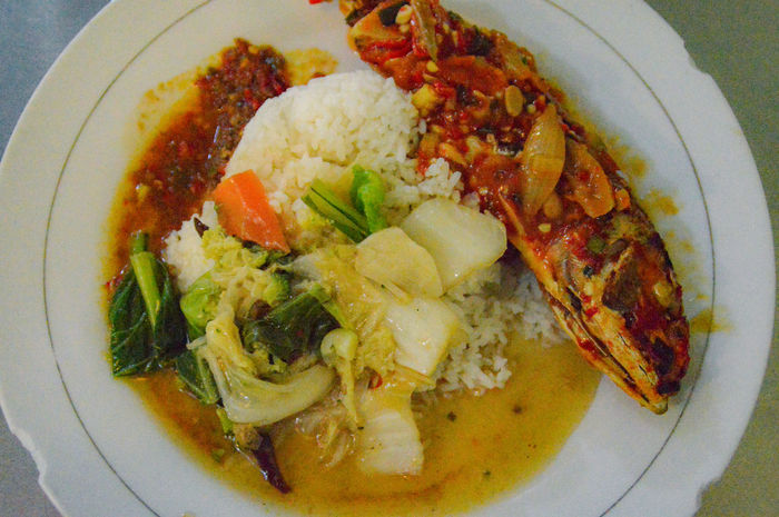 Local indonesian food. Spell spicy! Freshness Food And Drink Food Ready-to-eat Still Life Directly Above Plate No People Indoors  Serving Size Close-up Gourmet Appetizer Flower Day Spicy Food Indonesian Food Chillies Red Chili Sauce Fried Fish Nasi Rice