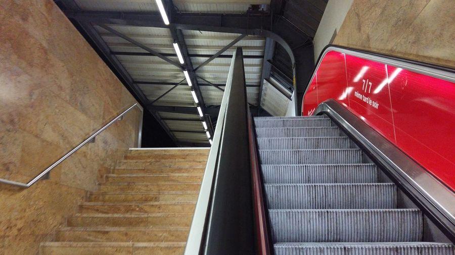 Escaliers Gare