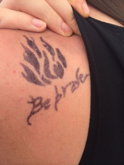 Dauntless Henna Be Brave