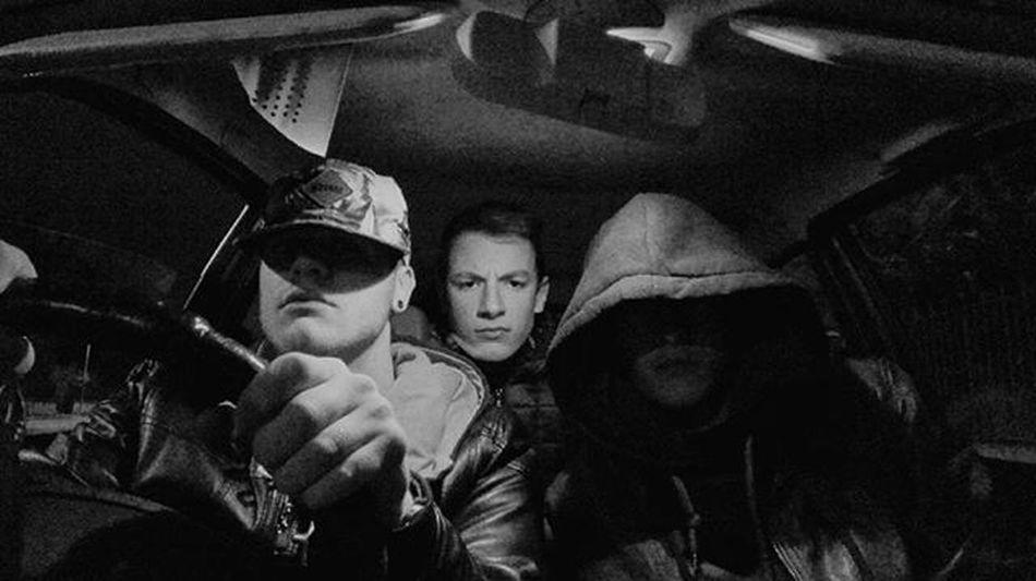 Noi nell'auto ogni notte con il bit a palla Ci trovi nei tuoi incubi siamo la tua condanna! Migt UnderDogg Crew Street Urban District Rap Thursday Night Freestyle Mode Scream Scaryclowns Cani Bastardi