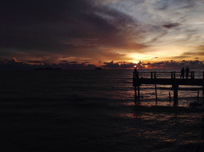 Learn to appreciate little things in life. Pantaimurni Kedahdarulaman Malaysia Sunset Sea Beauty In Nature Water Nature Scenics Sky